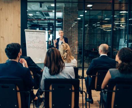 Combattre l'isolement du dirigeant d'entreprise avec E&E.
